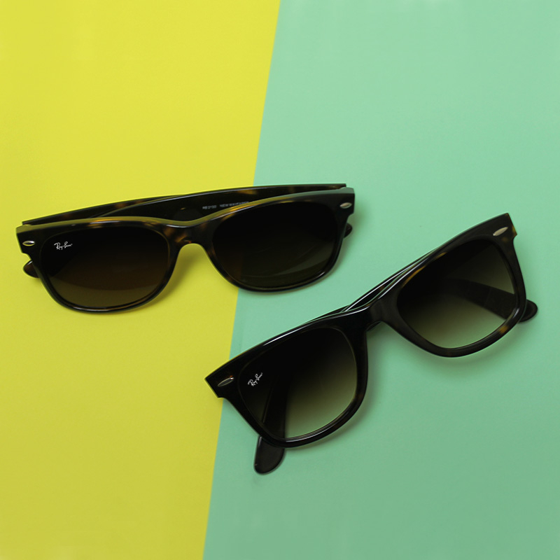 Ray-Ban Wayfarer Sunglasses | Ray-Ban Wayfarer and New Wayfarer | Ray-Ban Wayfarer vs New Wayfarer From above | EyeWearthese